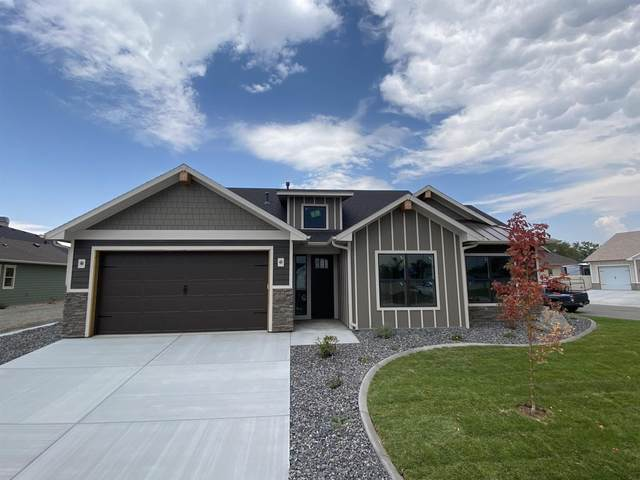 811 Apple Glen Drive, Grand Junction, CO 81505 (MLS #20214901) :: The Kimbrough Team | RE/MAX 4000