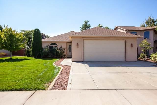 2433 Spanish Hills Court, Grand Junction, CO 81506 (MLS #20215059) :: The Joe Reed Team
