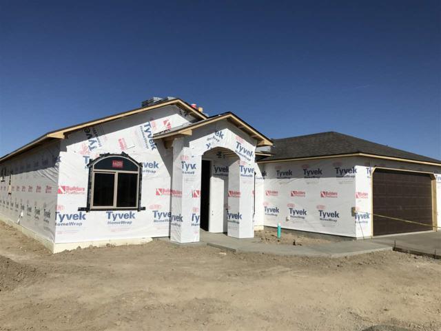 667 Strathearn Drive, Grand Junction, CO 81504 (MLS #20180892) :: CapRock Real Estate, LLC