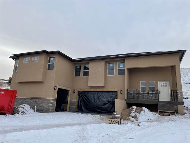 203 Hideaway Lane, Grand Junction, CO 81503 (MLS #20205892) :: The Danny Kuta Team