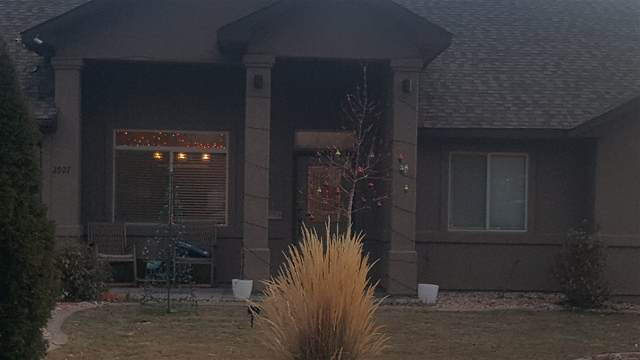 2927 Joan Way, Grand Junction, CO 81504 (MLS #20206098) :: The Kimbrough Team | RE/MAX 4000