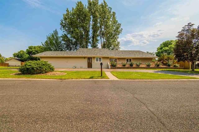 2939 Wellington Avenue, Grand Junction, CO 81504 (MLS #20211695) :: Michelle Ritter