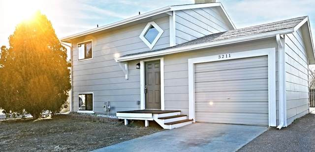3211 Bunting Avenue, Grand Junction, CO 81520 (MLS #20210544) :: Lifestyle Living Real Estate