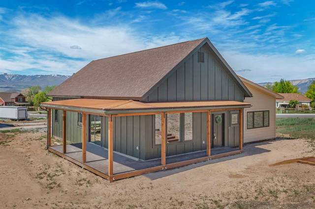 525 Sandstone Drive, Silt, CO 81652 (MLS #20195344) :: The Christi Reece Group