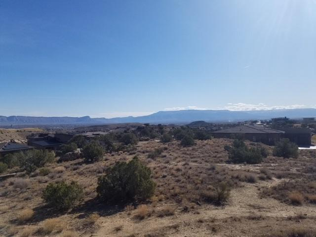 2318 W Ridges Boulevard, Grand Junction, CO 81507 (MLS #20181787) :: The Grand Junction Group