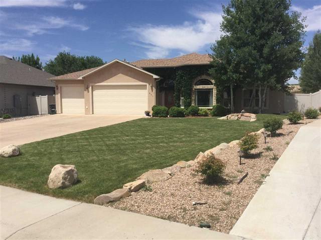 881 Grand Vista Way, Grand Junction, CO 81506 (MLS #20185355) :: The Christi Reece Group