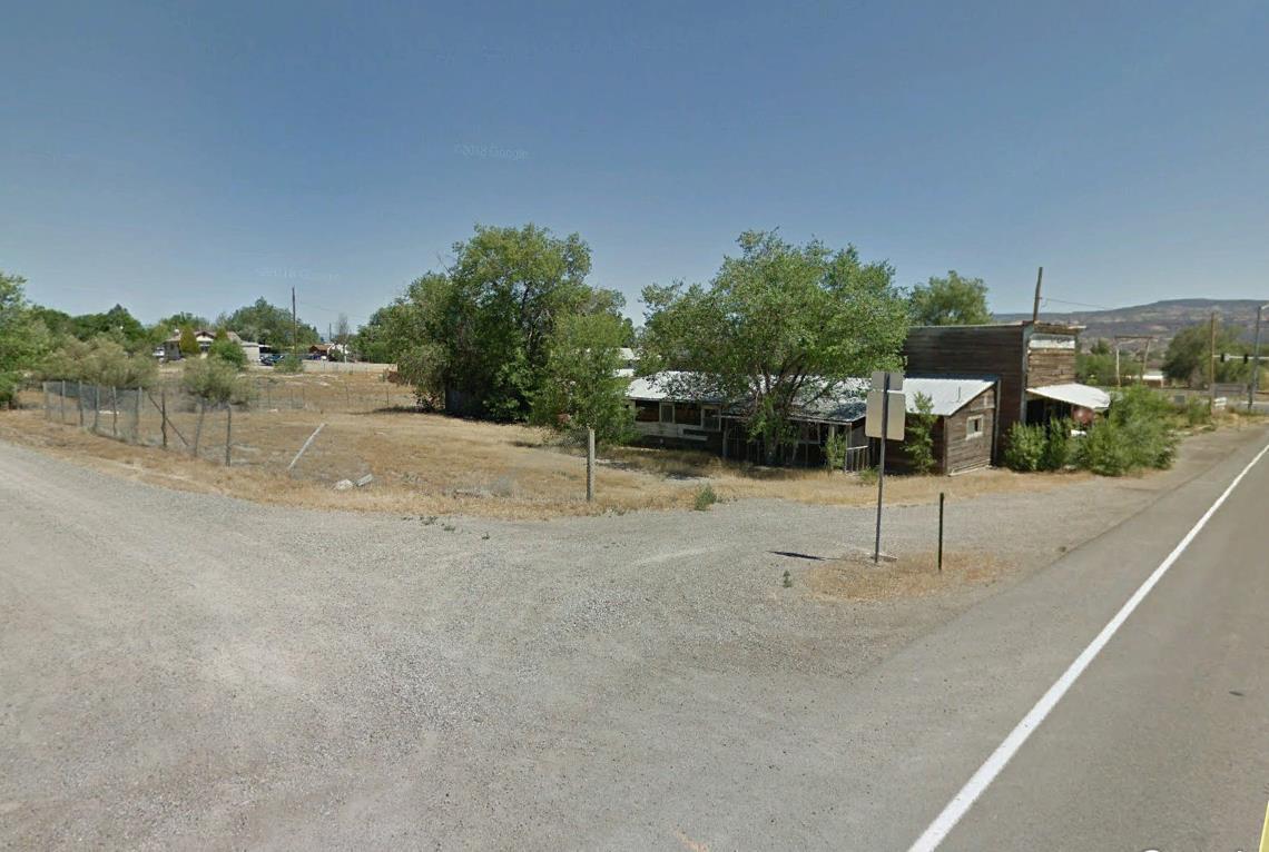 1328 13 Road - Photo 1