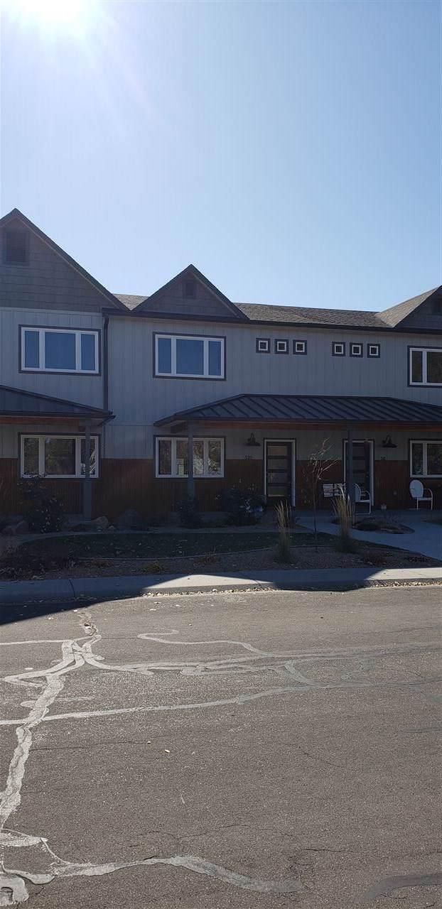 520 E Harrison Avenue, Fruita, CO 81521 (MLS #20196152) :: The Christi Reece Group