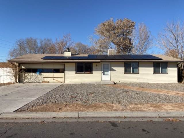451 Countryside Lane, Grand Junction, CO 81504 (MLS #20196591) :: The Grand Junction Group with Keller Williams Colorado West LLC