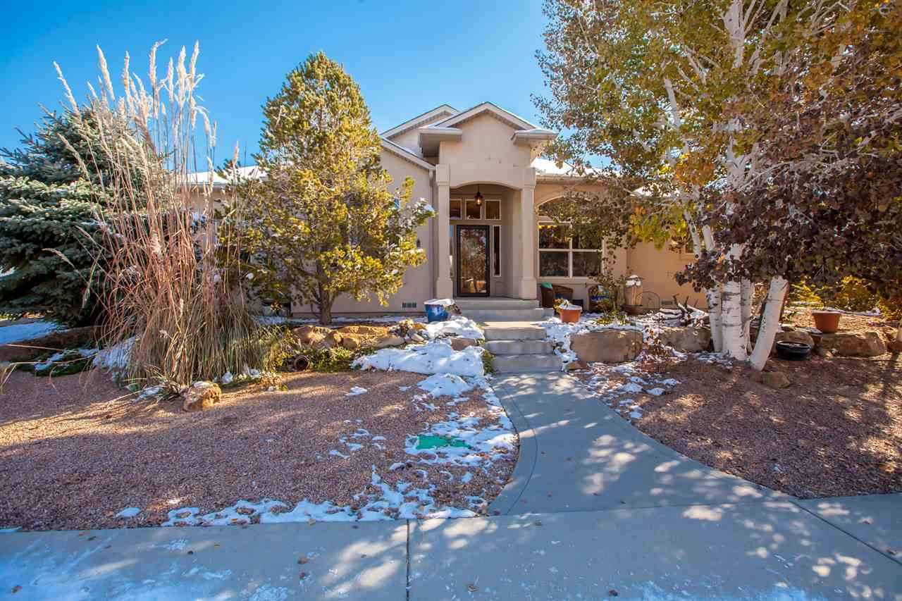 892 Outlook Court - Photo 1
