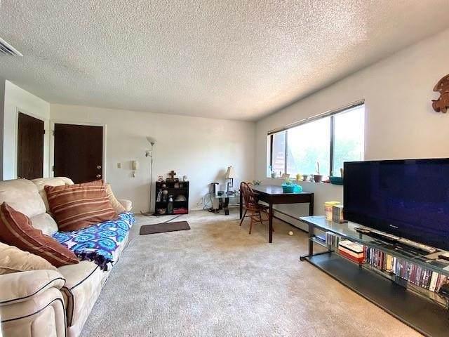 1140 Walnut Avenue #6, Grand Junction, CO 81501 (MLS #20213037) :: Michelle Ritter