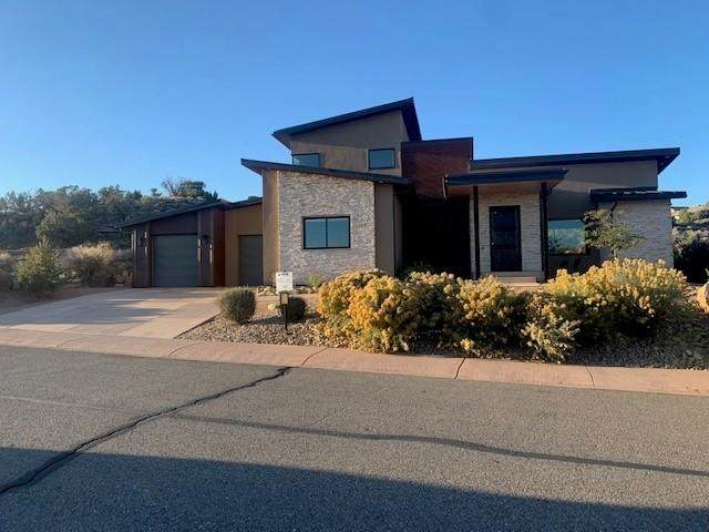 327 Iron Horse Court, Grand Junction, CO 81507 (MLS #20215588) :: The Grand Junction Group with Keller Williams Colorado West LLC