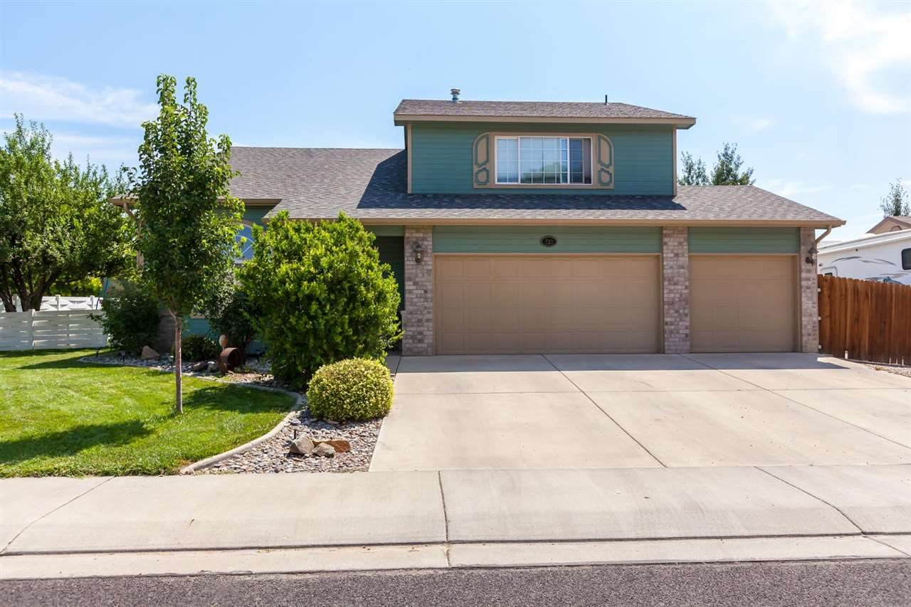 732 Monument View Drive - Photo 1