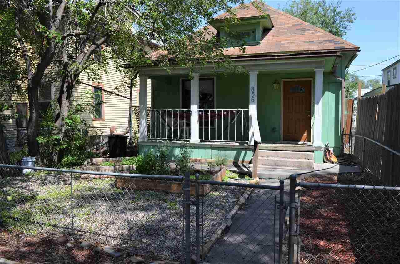 856 Rood Avenue - Photo 1