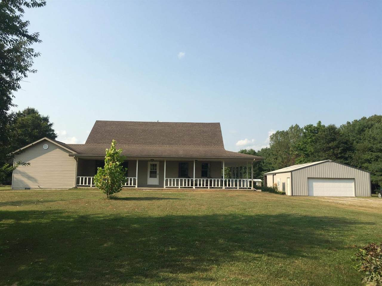 2206 State Road 16 - Photo 1