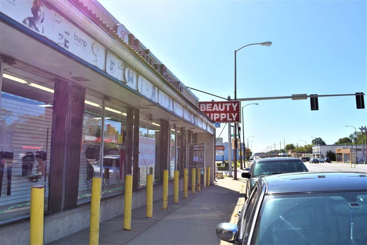 4685-4691 Broadway - Photo 1