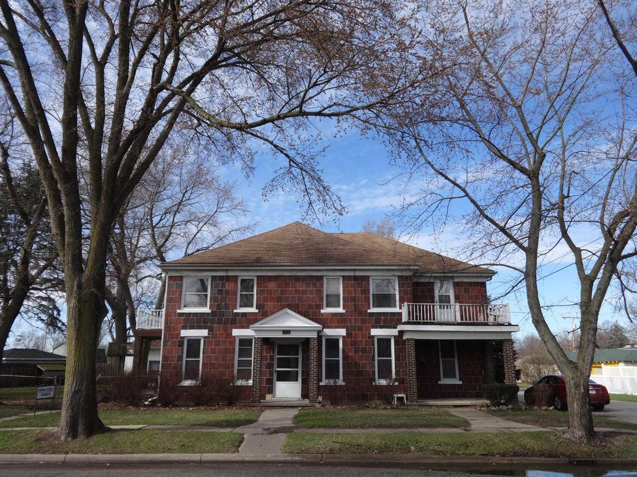 154 Indiana Street - Photo 1