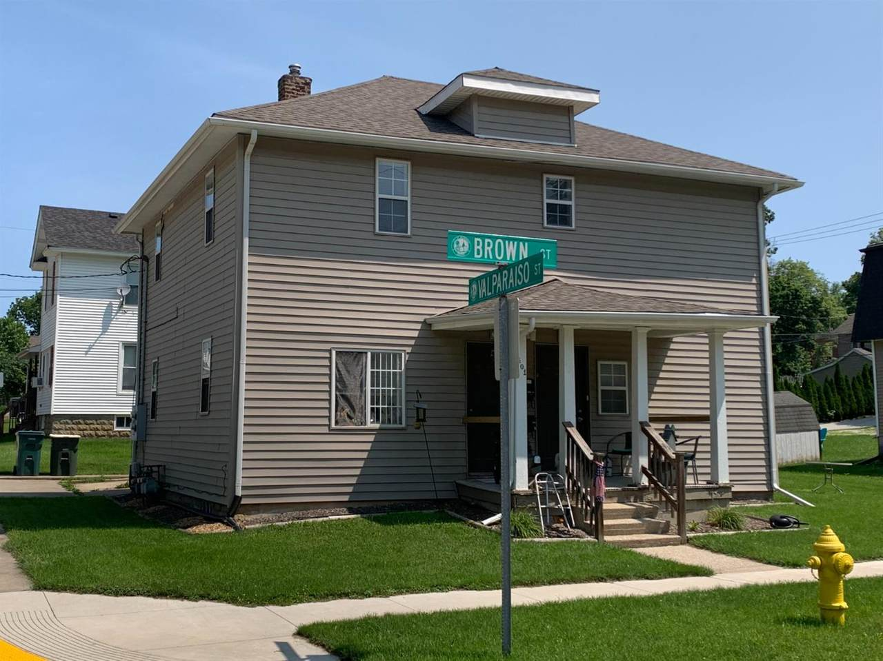 401 Brown Street - Photo 1