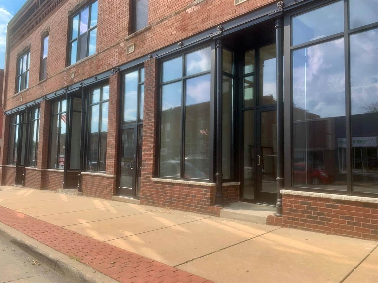 401-405 Commercial Avenue - Photo 1