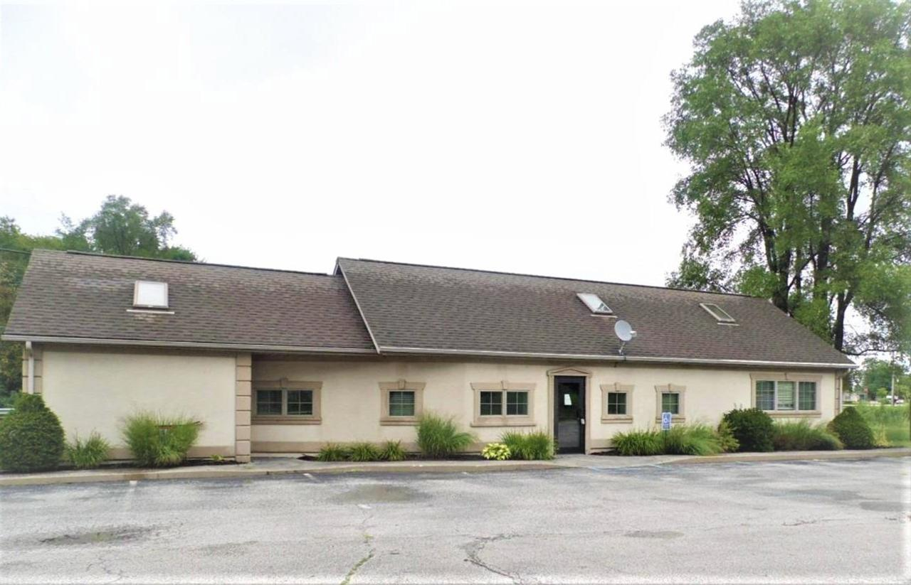 5529 State Road 10 - Photo 1
