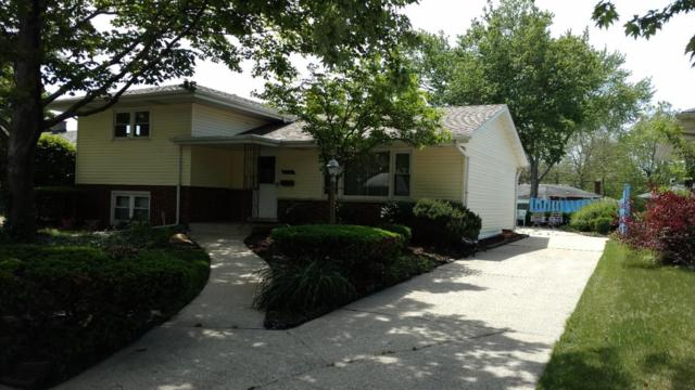 8724 Manor Drive, Munster, IN 46321 (MLS #416753) :: Rossi and Taylor Realty Group