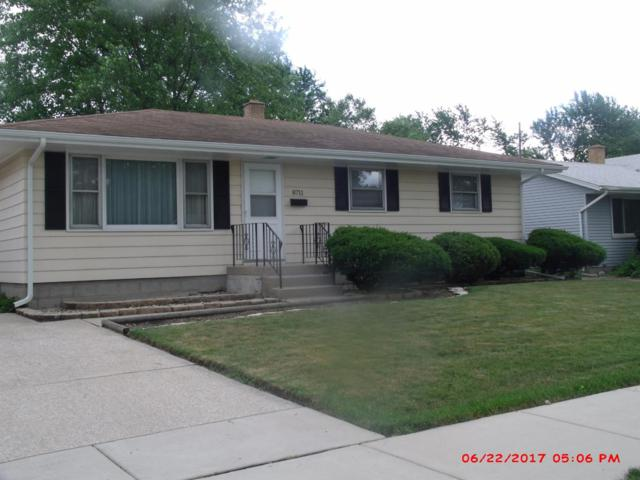 8711 Manor Avenue, Munster, IN 46321 (MLS #417088) :: Rossi and Taylor Realty Group