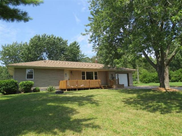 15816 Hilltop Drive, Lowell, IN 46356 (MLS #421066) :: Rossi and Taylor Realty Group