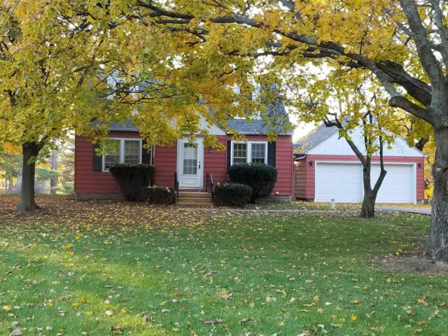 240 Skyline Drive, Valparaiso, IN 46385 (MLS #425323) :: Rossi and Taylor Realty Group
