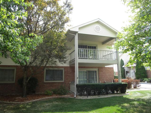 9733 Parkway Drive, Highland, IN 46322 (MLS #440595) :: Rossi and Taylor Realty Group