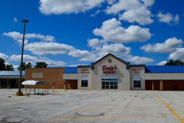 800 Country Square Plaza, Hebron, IN 46341 (MLS #442491) :: Rossi and Taylor Realty Group