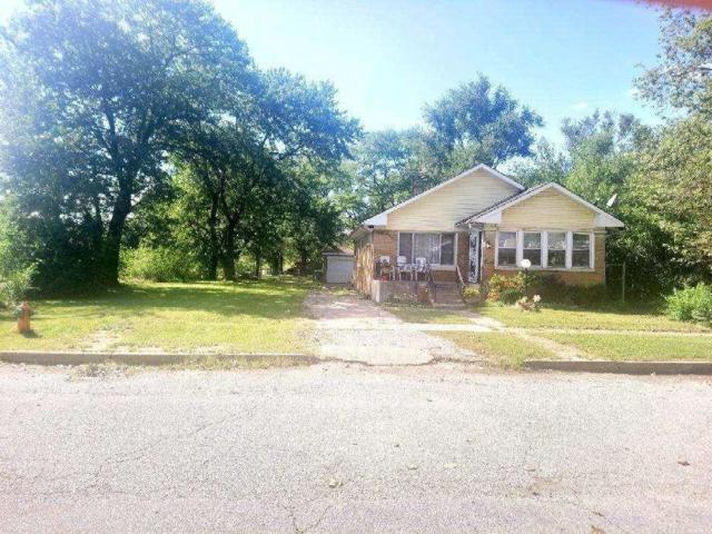 846 Tyler Street, Gary, IN 46402 (MLS #442728) :: Rossi and Taylor Realty Group