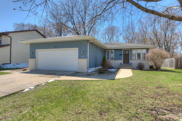 7854 Frederick Avenue, Munster, IN 46321 (MLS #453142) :: Rossi and Taylor Realty Group