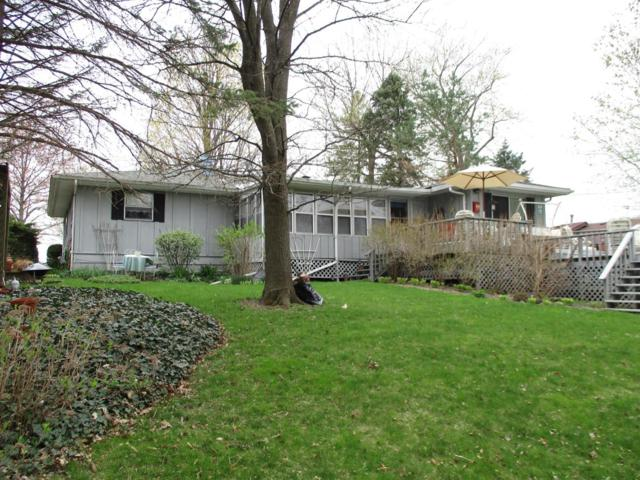 15519 Colfax Street, Lowell, IN 46356 (MLS #454411) :: Rossi and Taylor Realty Group