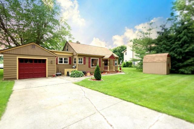 146 Dogwood Drive, Laporte, IN 46350 (MLS #457213) :: Rossi and Taylor Realty Group