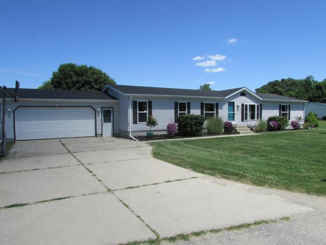 1325 E Coachlight Drive, Laporte, IN 46350 (MLS #458909) :: Rossi and Taylor Realty Group