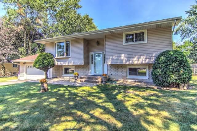 9025 Bryan Street, Crown Point, IN 46307 (MLS #463352) :: Lisa Gaff Team