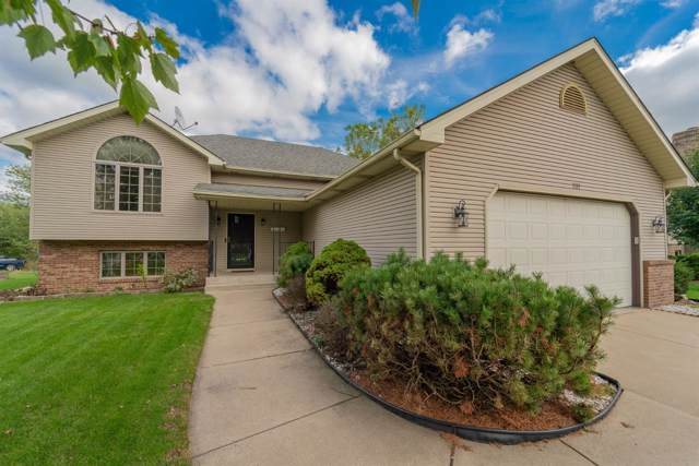 7337 Forest Ridge Drive, Schererville, IN 46375 (MLS #464536) :: Rossi and Taylor Realty Group