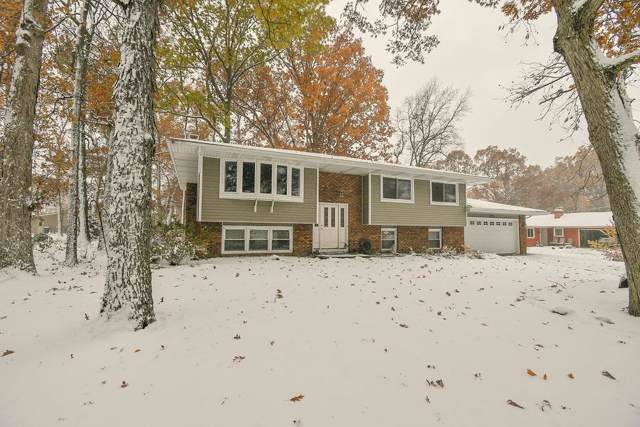 2042 Lakewood Place, Crown Point, IN 46307 (MLS #466124) :: Rossi and Taylor Realty Group