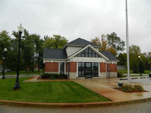 401 State Rd 149, Valparaiso, IN 46385 (MLS #466377) :: Rossi and Taylor Realty Group
