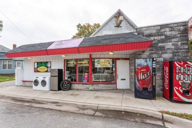 1709 E Michigan Boulevard, Michigan City, IN 46360 (MLS #467636) :: Rossi and Taylor Realty Group