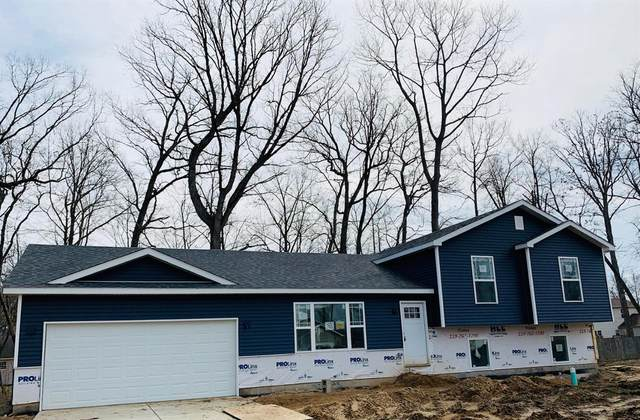 695 Cross Meadows Drive, Valparaiso, IN 46385 (MLS #472276) :: Rossi and Taylor Realty Group