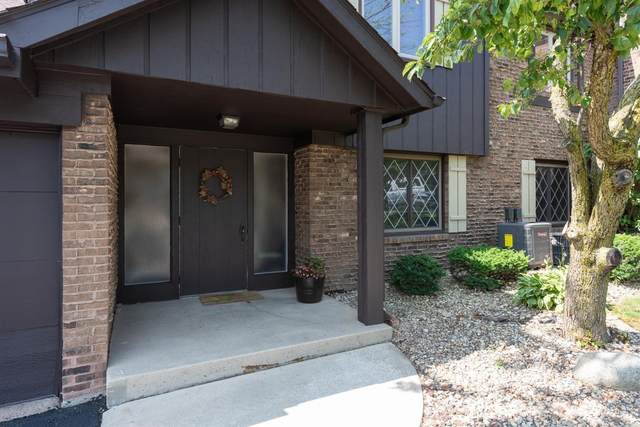 2527 E Lakeshore Drive, Crown Point, IN 46307 (MLS #475030) :: Rossi and Taylor Realty Group