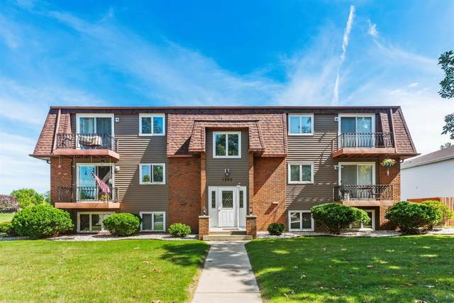 1305 Woodhollow Court, Schererville, IN 46375 (MLS #478165) :: Rossi and Taylor Realty Group
