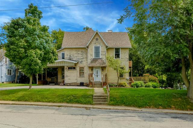 131 S Union Street, Lowell, IN 46356 (MLS #481749) :: Rossi and Taylor Realty Group