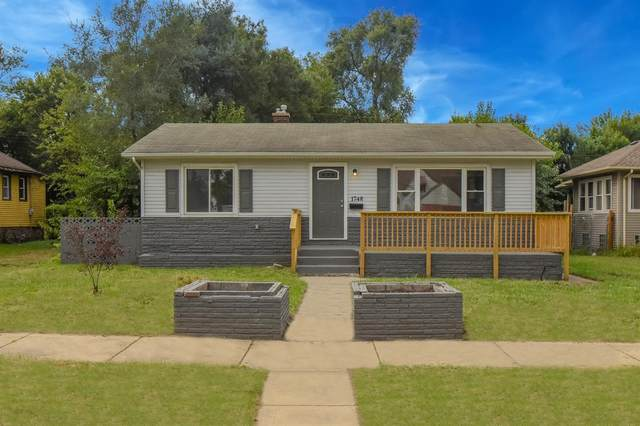 1748 Roosevelt Street, Gary, IN 46404 (MLS #482159) :: Rossi and Taylor Realty Group