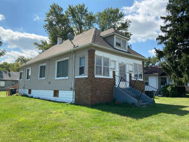 2401 W 37th Avenue, Hobart, IN 46342 (MLS #482479) :: Rossi and Taylor Realty Group