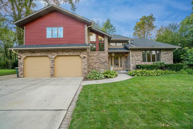 2303 Club Court, Valparaiso, IN 46383 (MLS #482724) :: McCormick Real Estate