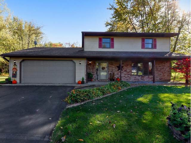96 Blue Jay Drive, Valparaiso, IN 46383 (MLS #483495) :: Rossi and Taylor Realty Group