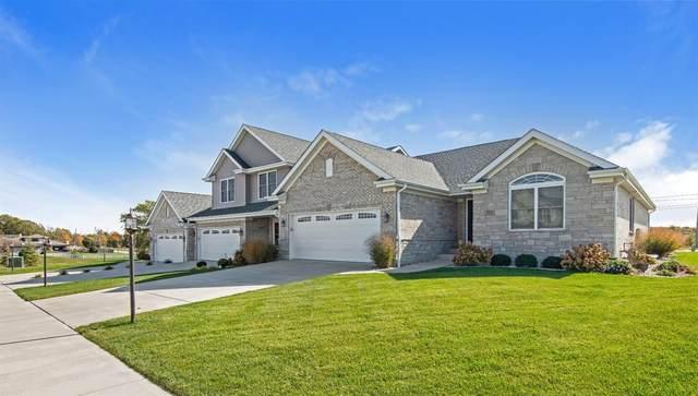 2331 Waterford Circle W, Schererville, IN 46375 (MLS #483497) :: Lisa Gaff Team