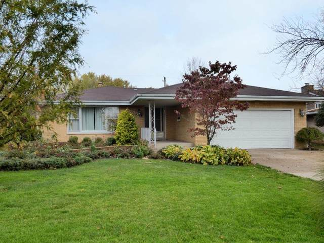 3733 Manor Drive, Highland, IN 46322 (MLS #484331) :: McCormick Real Estate